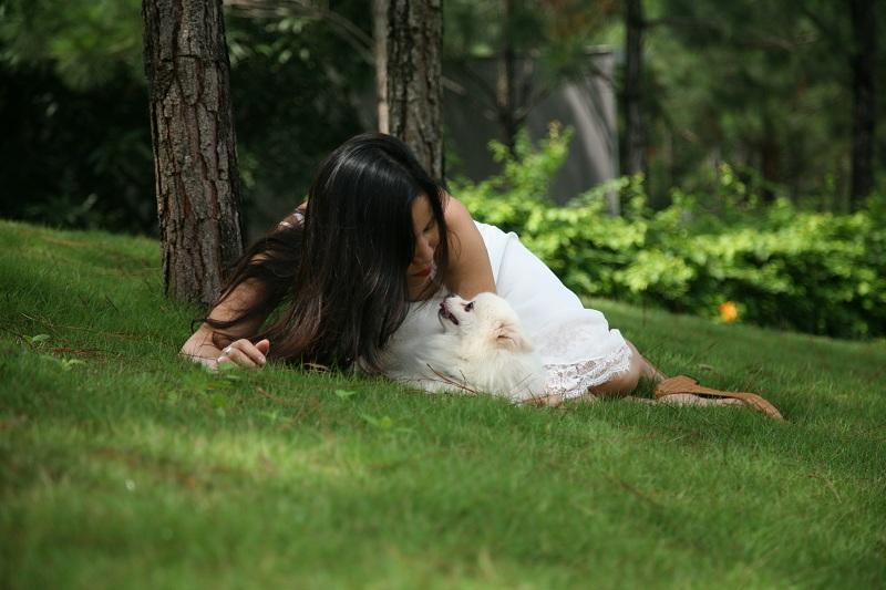 Tình yêu và tự do: là tình yêu mà trong đó ta thấy mình được tự do.